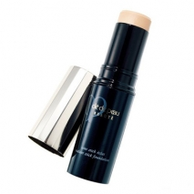 Cle de Peau Radiant Stick Foundation
